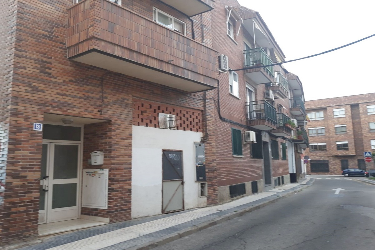 Venta Local C/flor, Majadahonda. Madrid.